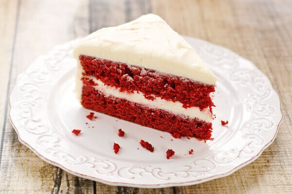 Red Velvet is also a perfect choice - Beautiful, unique and meaningful birthday cakes in the world