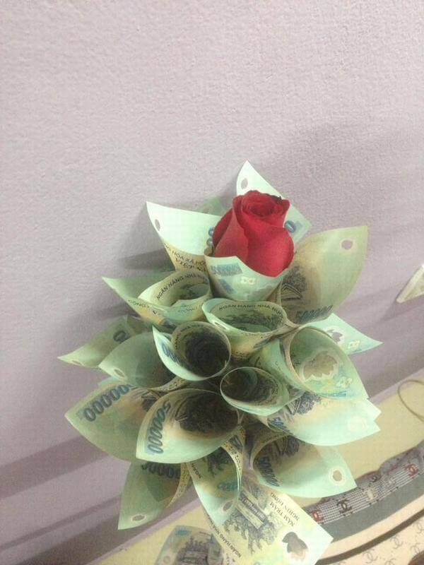 Pictures of the world's most beautiful birthday flowers, unique meaning in money, dollars