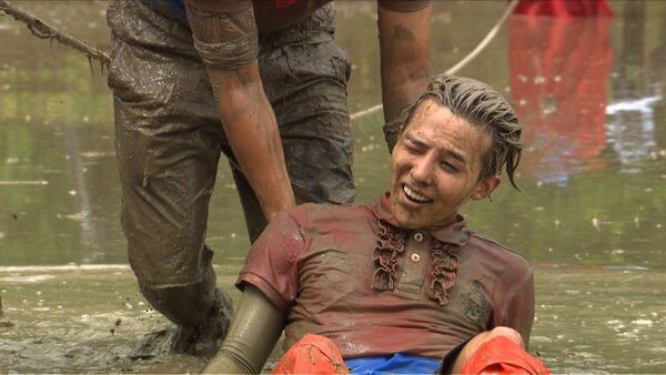 "G-Dragon, Daesung, Seungri ""struggled"" in the mud"