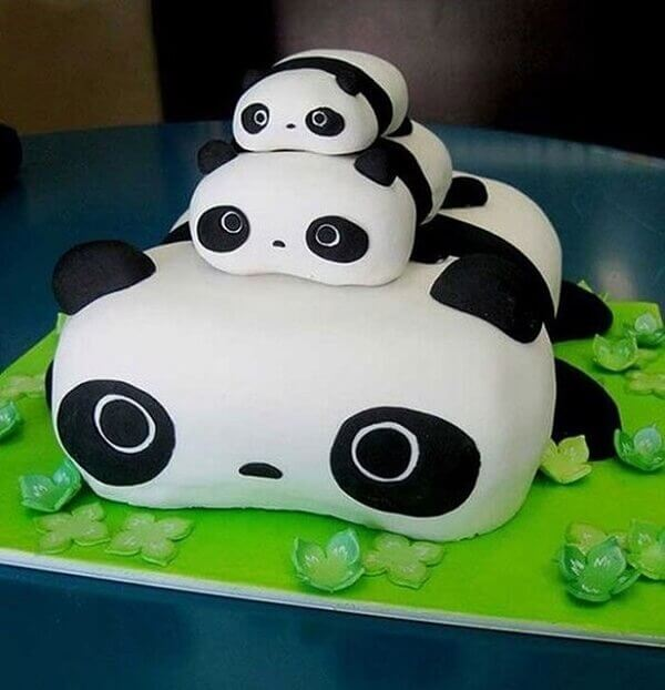 The cakes have super adorable panda shapes